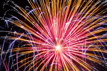 independence day iPhone fireworks wallpaper serge van neck colorful fireworks